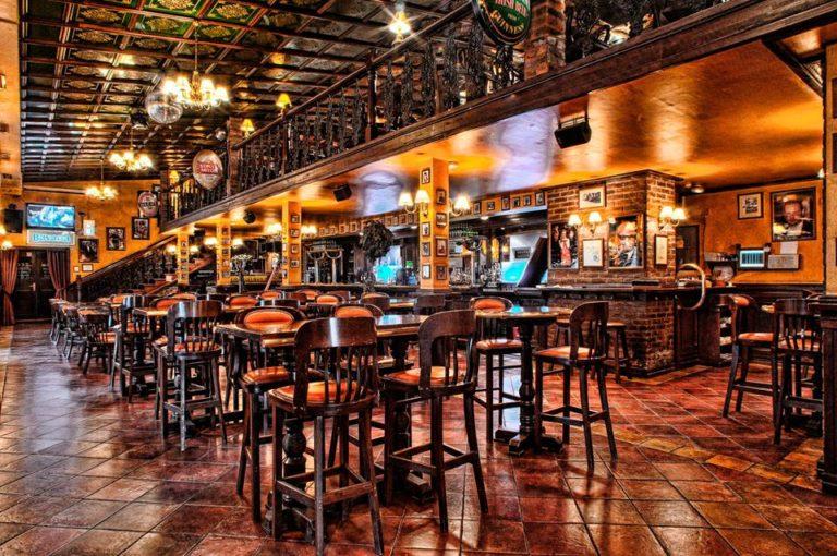 movie pub 5